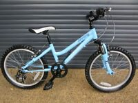 CHILDS QUALITY RIDGEBACK LIGHTWEIGHT ALUMINIUM BIKE IN SUPERB ALMOST NEW CONDITION. SUIT AGE 6 / 7+.