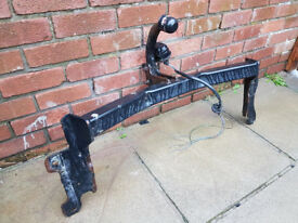 VAUXHALL VECTRA TOW BAR . HALF END OF ELECTRICS