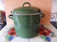 enamal cooking/ casserole pot. green