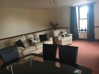 Large three bedroom first floor flat, 2 x kingsize 1 x double. Adjacent City view, Tullos and Altens