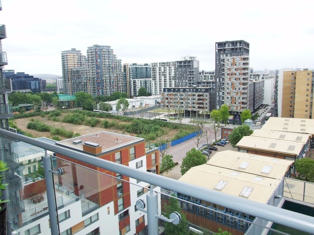 11th FLOOR LUXURY 1 DOUBLE BEDROOM APARTMENT/STONE THROW AWAY FROM CANARY WHARF*ALL BILLS INCLUDED*
