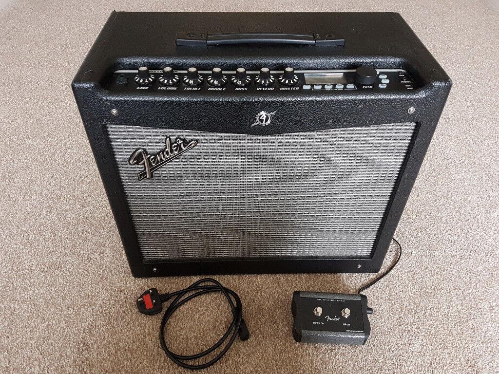 fender mustang iii v2 100 watt modelling amp in dronfield derbyshire gumtree. Black Bedroom Furniture Sets. Home Design Ideas