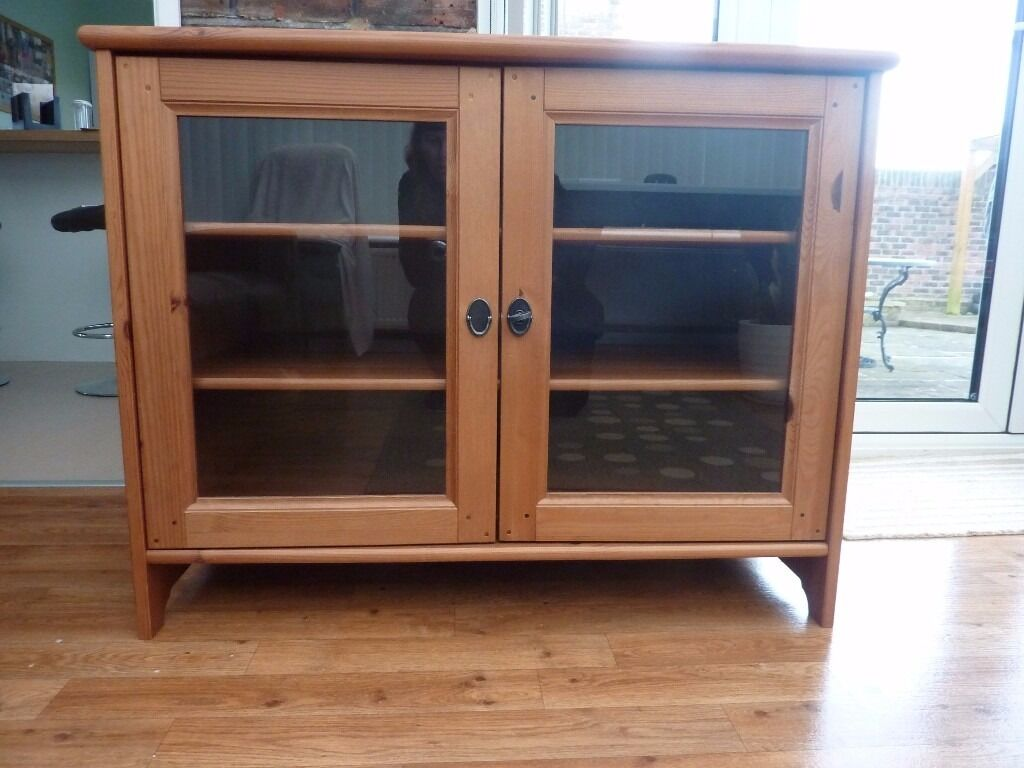 "Pine, glass fronted cabinetin Worthing, West SussexGumtree - Pine, glass fronted cabinet, ideal for TV, 2x glazed doors with key, 2x shelves, in good condition. L 37"", H 29.5"", D 25"". Buyer to collect from Goring area"