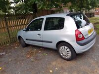 renault clio 54 plate nosiey cam mot till july next year green slip not sure on milage
