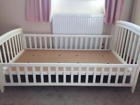 Junior bed, White made by Baby Dan