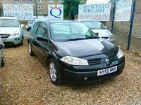 2005 renault Megan 1.6 petrol only 58.000 miles 3 owner 3 door hatch back full history full MOT