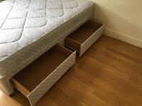Quilted double 4ft6 Divan bed with 4 drawers, looks as new
