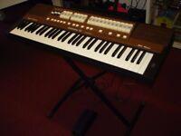Viscount Cantorum III Keyboard Organ