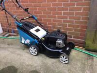 Petrol lawnmower briggs & Stratton 125cc