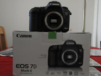 Canon Eos 7DMK11,near new condition under 3k clicks