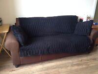 COUCH : 3 seats second hand couch in good state to sell! Very comfortable!! £ 50,00 negotiable!