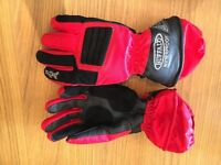 Ladies Buffalo Red Goretex Biker Gloves