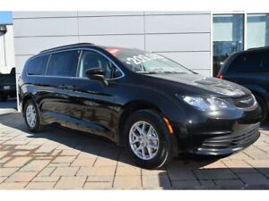 2017 Chrysler Pacifica Touring 8 passagers Bluietooth Caméra