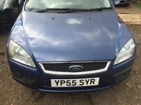 Ford Focus blue breaking for parts / spares