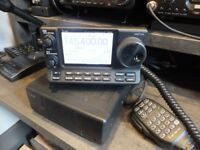 Icom 7100 ham radio boxed