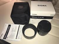 Sigma DC 30mm F/1.4 ART Series Canon Lens / DSLR