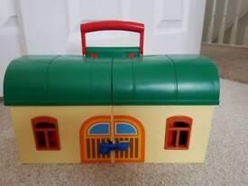 Playmobil 123 train station & track