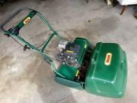 Webb 20in petrol lawnmower
