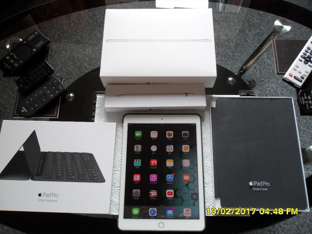 """Apple ipad PRO 9.7"""" 128GB (full apple bundlein Norwich, NorfolkGumtree - apple ipad pro 9.7 128gb model, silver apple pencil unused,apple keyboard unused, apple cover unused mint condition no marks ,glass screen protector from new if bought from apple shop now would cost £1000 hardly used . Apple warranty till next..."""