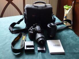 nikon d5100 slr camera exellent condition