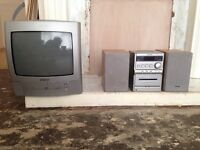 """14"""" TV DVD player + AIWA CD player- together for ��20"""