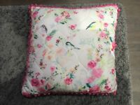Bedspread and matching cushion perfect condition
