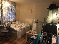 big double bedroom near edmonton station.