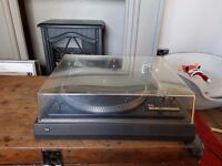 Dual-505 TURN TABLE/ RECORD PLAYER