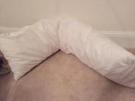 Large maternity pillow