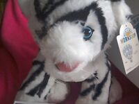 Build a bear WHITE TIGER soft toy new