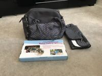 Babymoov changing bag and baby safety mirror