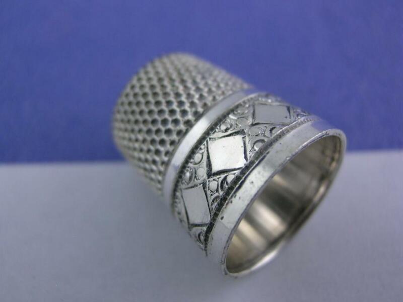 Vintage Sterling Silver SIMONS Thimble DIAMOND & engraved patterns ~size 7