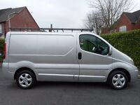 FINANCE ME!! NO VAT!! 2011 Swb Renault Trafic Sportive. Finance for just £131 per month!!