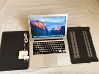 "MacBook Air 13""3inch 256GB SSD 4GB Memory intel core i5 Intel HD Graphics 3000 384 MB for sale"