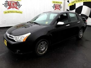 2011 Ford Focus SE, Automatic, Heated Seats,