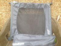 Lindam Flexiguard Portable Safety Barrier - 71cm to 92cm