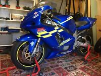 Suzuki GSXR750 Track Bike - 2000 (Y)