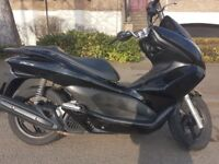 Honda Pcx 125cc 2011 in Very good condition.