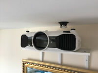 Epson EH-9000W Home Cinema Projector + 2 pairs 3D glasses + Wireless HDMI! Can be viewed working.