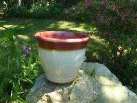 Nice Ceramic Cream Garden Planter with Brown Trickle Detail Rim 20cm Tall