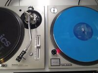 Technics SL-1200 MK5 turntables pair (one owner)