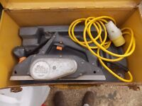 Elu 110 volt plane motor works well but does need a new drive belt and may need service
