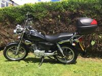 Yamaha YBR 125cc Custom motorbike