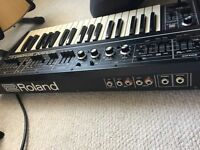 Roland SH-2 vintage mono synth. fantastic condition just serviced (save a prayer anyone?)