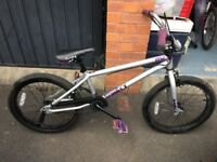 MONGOOSE SUBJECT PURPLE BMX