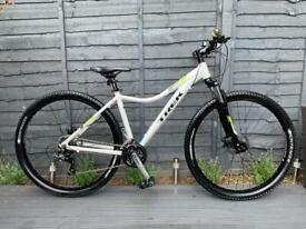 "Ladies Trek Skye S 29er MTB Front Suspension Mountain Bike Size 17.5"""