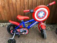 "Captain America 12"" Kids Bike with Stabilisers"