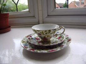 Cup with a saucer and a side plate, NEW. 3 floral design mugs by Royal Kendal. VGC and a teapot, New