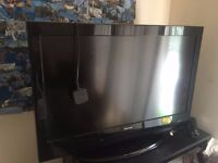 """Celsus 32"""" Flat Screen HD LCD Television"""