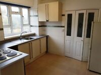 Spacious Double Room Available For Rent In Forest Hill